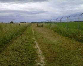 Un tratto del parco che sorgerà ai margini del campo di aviazione