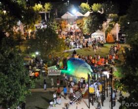 Piazza Bambini del Mondo a Bellocchi, cuore dell'evento Il Paese dei Balocchi