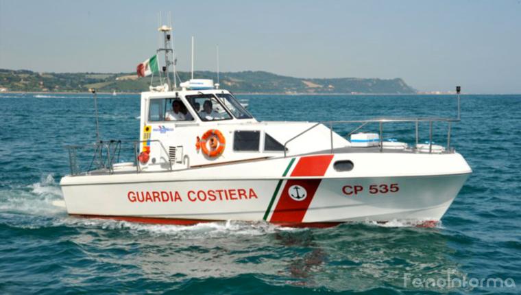 La motovedetta della Guardia Costiera di Pesaro