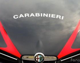 Carabinieri, un particolare dell'auto utilizzata dai militari