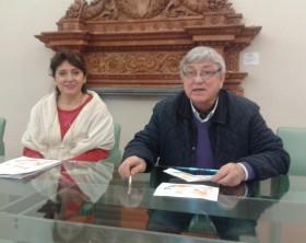 L'assessore Marina Bargnesi ai Servizi Sociali insieme al presidente della Confraternita del Brodetto Valentino Valentini
