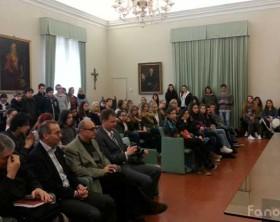Gli studenti dell'Erasmus Plus nella sala della Concordia del Comune di Fano