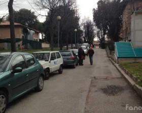 La strada interna all'ospedale Santa Croce di Fano