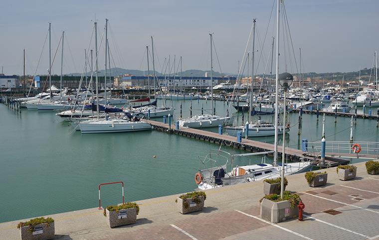 Marina dei Cesari, il porto turistico di Fano
