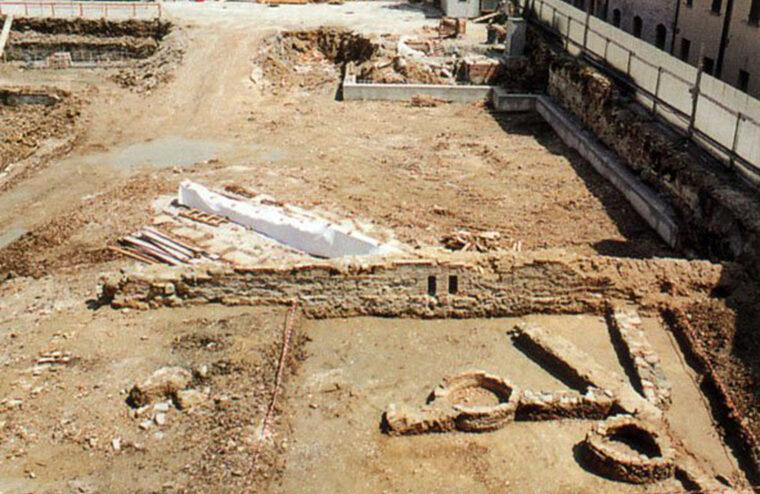 I resti dell'anfiteatro romano