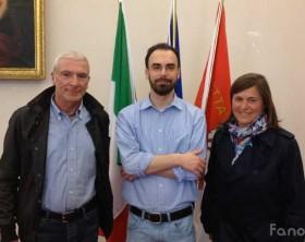 Rappresentanti dell'associazione Lutva insieme all'assessore Samuele Mascarin di Fano