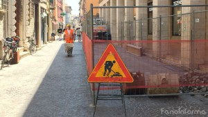 I lavori alla rete idrica nel centro storico di Fano realizzati da Aset Spa