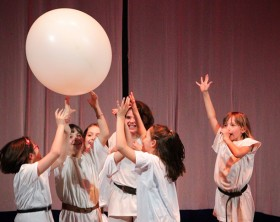 Fuoriclasse, la rassegna teatrale della scuola