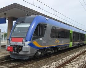 Swing, il treno che è transitato anche alla ferrovia di Fano