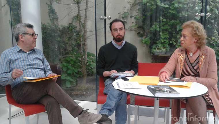 """Da sinistra: Danilo Carbonari, responsabile Servizi bibliotecari di Fano; Samuele Mascarin, assessore alle Biblioteche di Fano; Angela Frattolillo, autrice del volume """"I ruoli della donna nella Grande Guerra"""""""