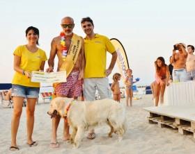 """Thiago e Graziano la coppia vincitrice della prima """"Doggy Fashion Night"""" insieme a Eleonora e Michele di Fidomania"""