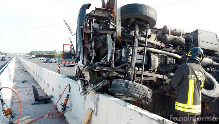 L'incidente in autostrada tra Pesaro e Cattolica