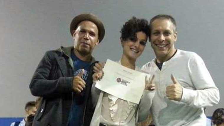 Michela Mengarelli di Fano insieme al direttore e maestro Bill Hotaling e Jose de La Cruz