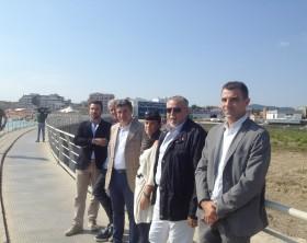 Gli esponenti di MArina Group insieme al sindaco Massimo Seri