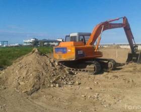 i lavori a Marina Group, zona porto turistico di Fano