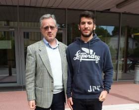 Il preside del Torelli Giombi con lo studente Filippo Orazi