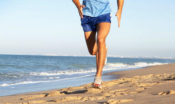 correre spiaggia