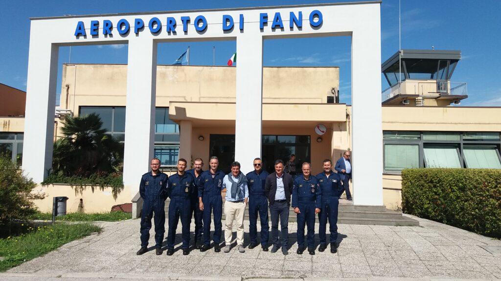 Aeroporto Urbino : Aeroporto di fano anni volo e passione